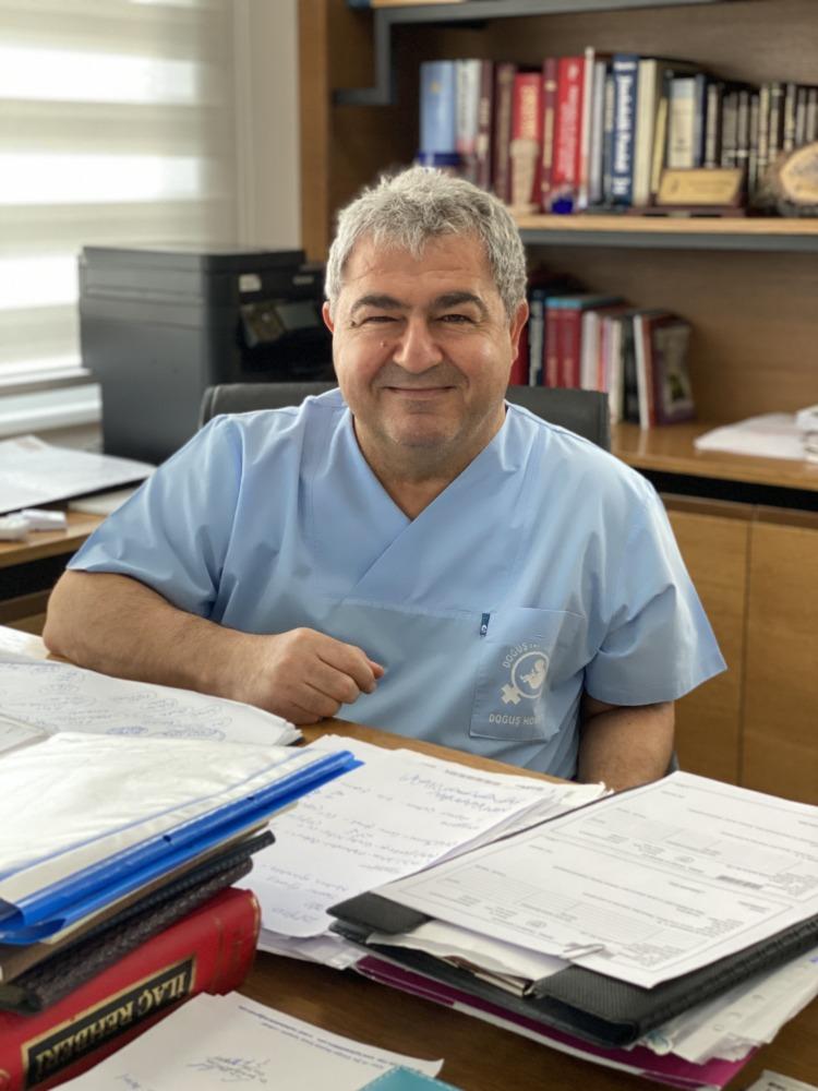 Dr. Şevket Alptürk - Doğuş Tüp Bebek Merkezi